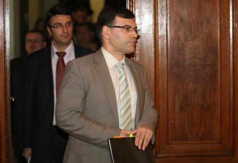 Bulgaria: Bulgarian FinMin Seeks to Quell Govt Conflict over Belene NPP Scandal