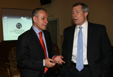 Bulgaria: Translation Blunder Tangles Bulgarian President in Scandal with US Ambassador