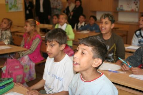 Bulgaria: Italian Embassy in Bulgaria in Favor of Roma Integration