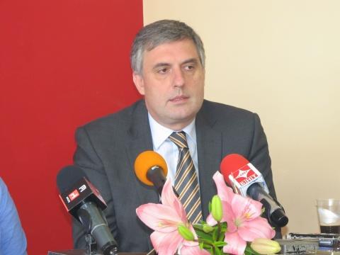 Bulgaria: Bulgarian Socialist MEP Kalfin Confirms Presidential Nomination