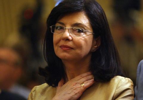 Bulgaria: Ethnic Turks' Support Could 'Sink' Kuneva's Presidential Bid – Analysts
