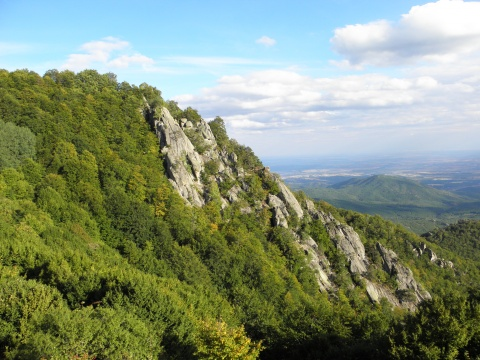 Bulgaria: Bulgarian Archaeologists Embark on Alpine Mission to Thracian Kings' Residence