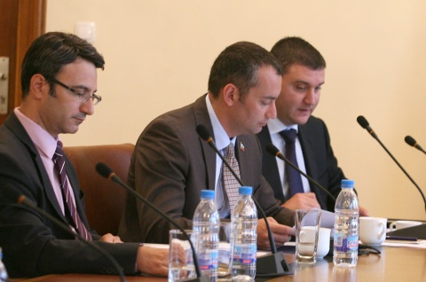 Bulgaria: Bulgarian Govt Grants Chevron Massive Shale Gas Exploration Concession