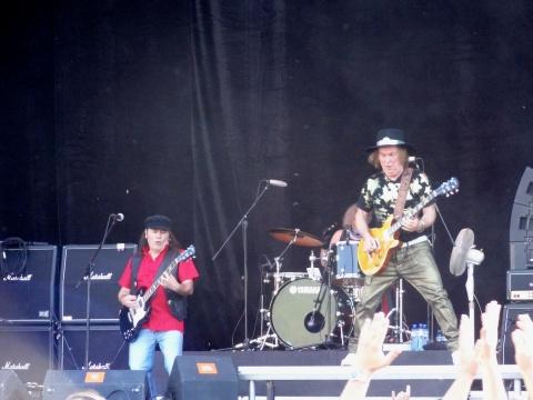 Bulgaria: Sofia Rocks with Priest, Whitesnake, Mike, Saxon, Slade