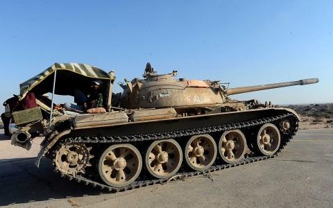Bulgaria: Gaddafi Troops Assault Libyan Rebels at Tripoli Airport, Tunisian Border