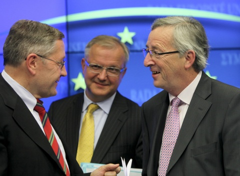 Bulgaria: Regling: Euro Zone to Shake Off Debt Crisis by 2014