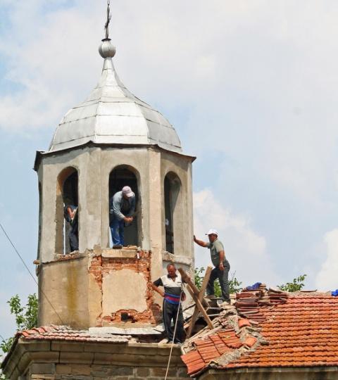 Bulgaria: Bulgarian Muslims Rebuild Christian Neighbors' Church