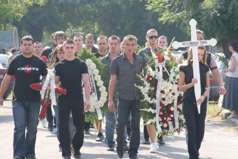 Bulgaria's Katunitsa Eyewitnesses: Arrested Driver Is Not Real Killer: Bulgaria's Katunitsa Eyewitness: Busted Driver Is Not Real Killer
