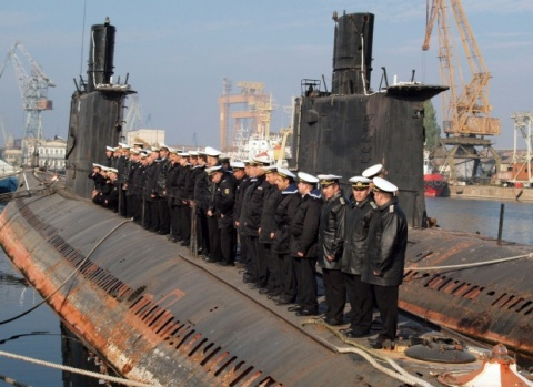 Bulgaria: Bulgarian Navy Discards Submarine Force