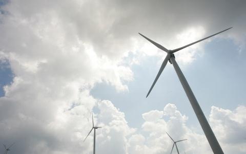 Bulgaria: Russian Lukoil Considers Buying Wind Turbine Park in Bulgaria