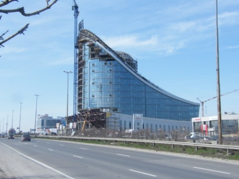 Bulgaria: BenchMark Fails to Sell Sofia Business Center, Bids Too Low