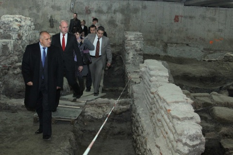 Bulgaria: Bulgaria's PM Borisov Scolds EU Debtors