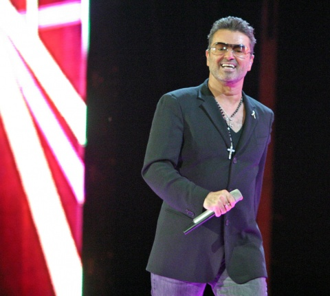 Bulgaria: George Michael Cancels European Shows over 'Pneumonia'