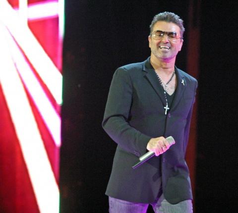 Bulgaria: George Michael Cancels European Shows over 'Pneumonia'
