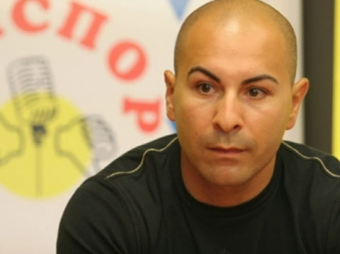 Bulgaria: Brazil-Jailed Bulgarian Champ Begs for Christmas House Arrest