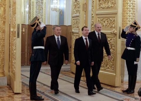 Bulgaria: Russia, Belarus, Kazakhstan Get Eurasian Union Rolling