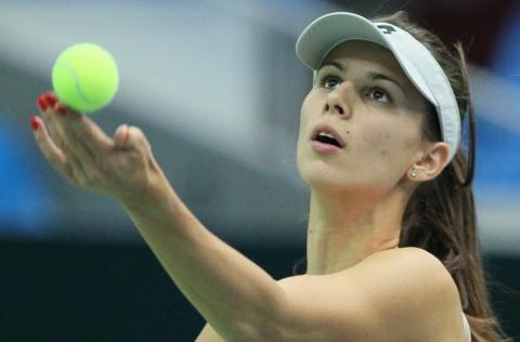 Bulgaria: Bulgaria's Pironkova 9th in Bleacher Report 'Sports Hotties' Ranking
