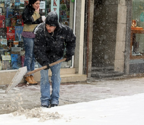 Mercury Climbs up amidst Forecast of New Snow in Bulgaria: Mercury Climbs up amidst Forecast of New Snow in Bulgaria