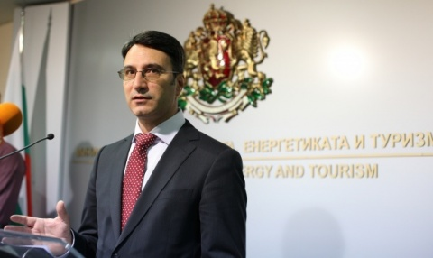 Bulgarian EconMin Ready to Resign over ACTA Outrage: Bulgarian EconMin Ready to Resign over ACTA Outrage