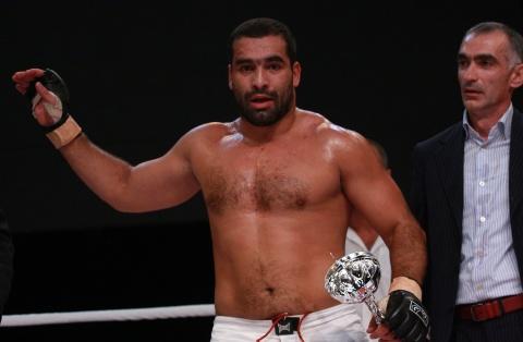 Bulgaria: Stabbed MMA Fighter Blagoi Ivanov Stabilized, Still in Danger