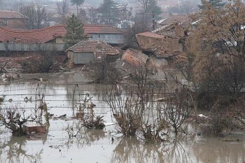 Bulgaria: Disastrous Bulgarian Flood Reveals Roman Building Remnants - Report