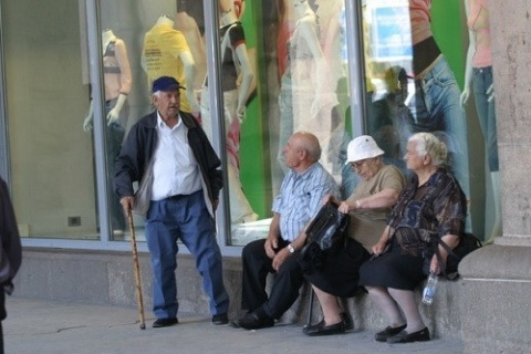 Bulgarians Ranked Poorer than Chinese Peasants: Bulgarians Ranked Poorer than Chinese Peasants