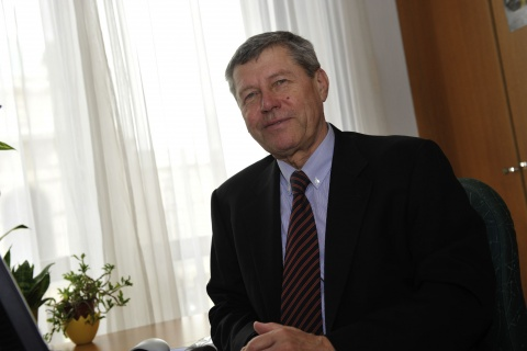 Bulgaria: ABA Consultant Peter Loeschl: Austria Convenient Place for Bulgarian Firms to Go Int'l