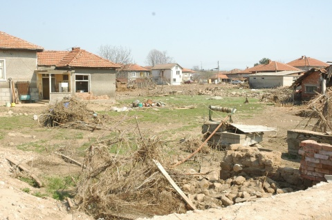 Bulgaria: 10 Families to Get New Homes in Flood-Hit Bulgarian Village