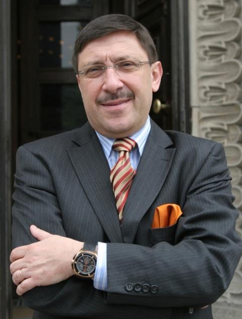 Bulgaria: Maxim Behar: Sofia International Airport Must Be Named 'John Atanasoff'