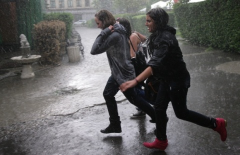 Bulgaria: Quake-Jolted Sofia Flooded by Torrential Rains