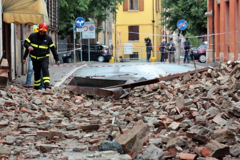 Bulgaria: Death Toll in Renewed Italy Quake Climbs to 10
