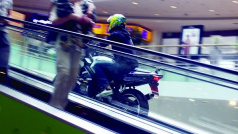 Bulgaria: Bikers Trigger Panic in Sofia Mall