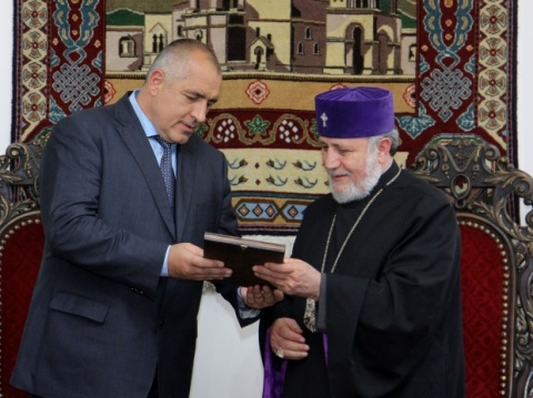 Bulgarian Prime Minister, Boyko Borisov (l) with Catholicos Karekin II, Patriarch of the Armenian Apostolic Church, during Borisov's visit to Armenia and the city of Echmiadzin in April 2012. Photo by BGNES