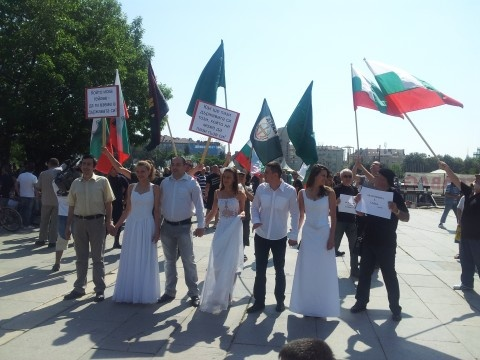 Bulgaria: USA, USSR Will Make Bulgaria Gay Sex Tourism Destination - Nationalists