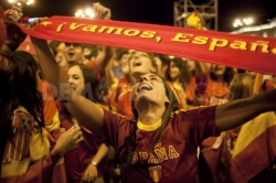 Jubilant Spain Parties Overnight after Euro 2012 Win: Jubilant Spain Parties Overnight after Euro 2012 Win