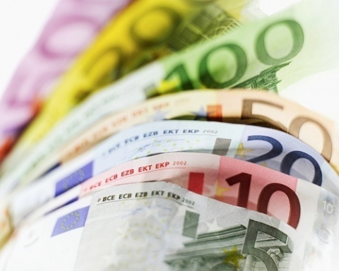 Bulgaria: Migrant Remittances to Bulgaria Break All-Time Record