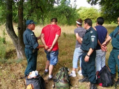Bulgaria: Bulgarian Border Police Bust 14 Illegal Syrians