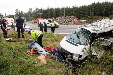 Bulgaria: Ambassador: 1, Not 7, Bulgarians Injured in Oslo Van Crash
