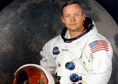 Bulgaria: ?First Man to Walk on Moon Neil Armstrong Dies at 82