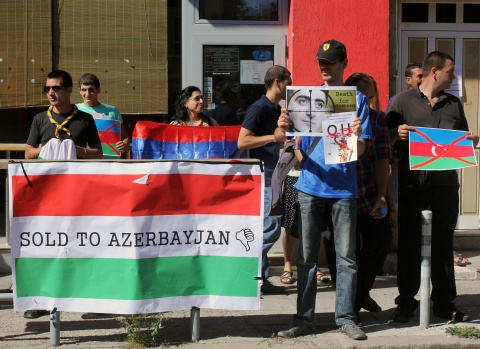 Bulgaria: Armenians Stage Protest outside Hungary's Embassy in Sofia