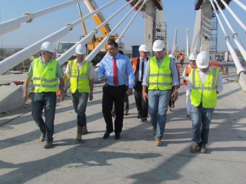 Bulgaria: 18m 'Left' to Bridge Bulgaria, Romania Again