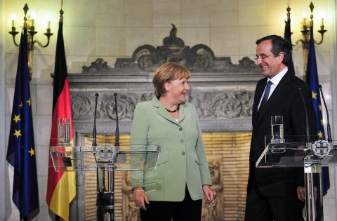 Bulgaria: Merkel Vows Support for Greece amid Massive Protests