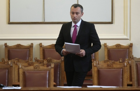 Bulgaria: Bulgaria Tosses More EU 'Carrots and Sticks' at Baffling Macedonia