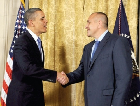 Bulgaria: Obama Hosts Bulgaria PM, Burgas Terror Attack Tops Agenda