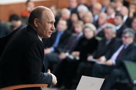 Bulgaria: Putin Too Denies Russian Plans to Revive Soviet Union