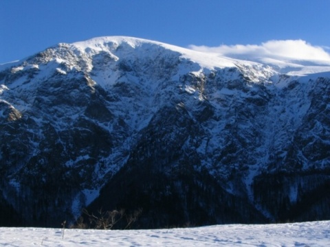 Bulgaria: Bulgaria's Mountains See Record High Temperatures