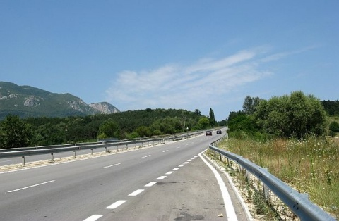 Bulgaria: 5 Companies Building Bulgaria's Maritsa Hwy Fined for Delayed Salaries