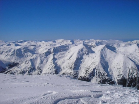 2 Finish Teen Snowboarders Rescued in Bulgaria: Teen Snowboarders from Finland Rescued in Bulgaria