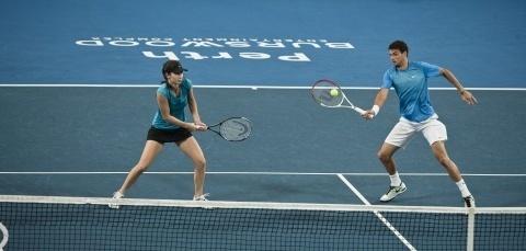 Bulgaria: Bulgaria's Dimitrov, Pironkova Crash Out of Australian Open