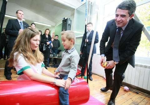 Bulgarian Christmas Charity Raises BGN 2 M: Bulgarian Christmas Charity Raises BGN 2 M